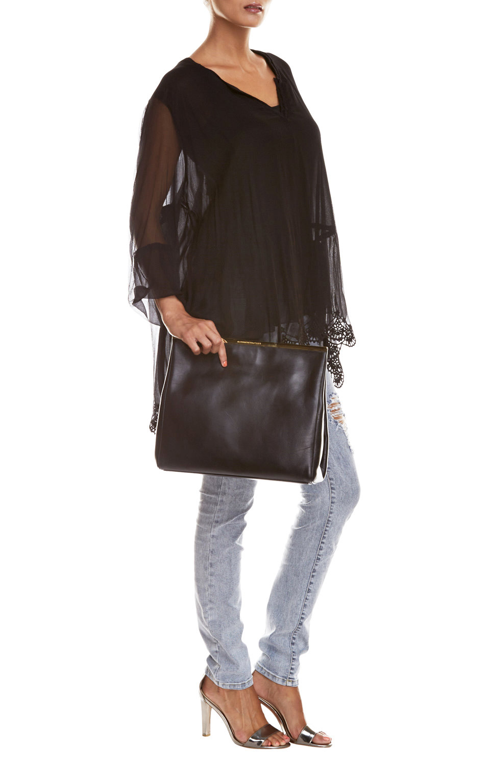 Black Gibson Tunic with H.D. Ripped Jeans | MAGENTA COUTURE